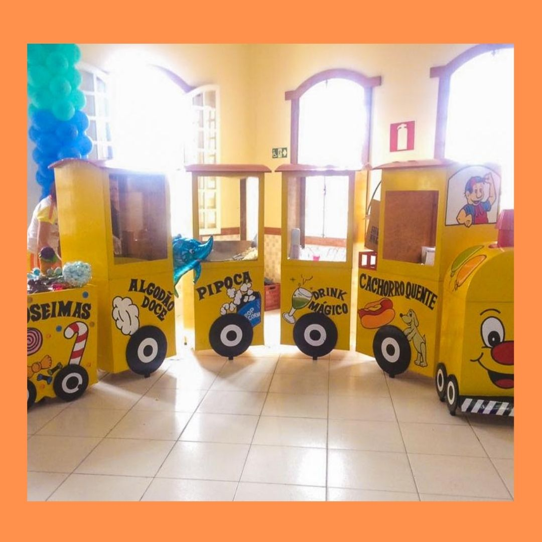 Trenzinho Completo 5 Vagões - Fábrica de Surpresas